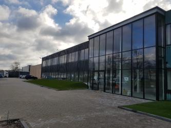 Complete renovatie binnen en buiten bij bedrijfspand te Etten-Leur