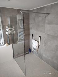 Badkamer renovatie met WMO aanpassingen te Roosendaal